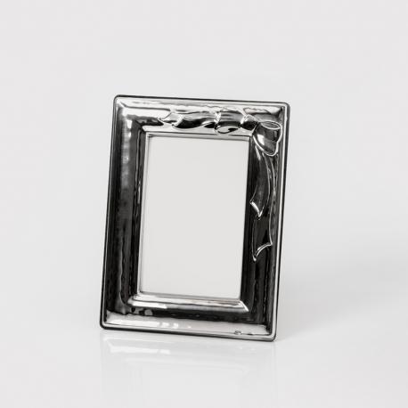 Cornice in argento