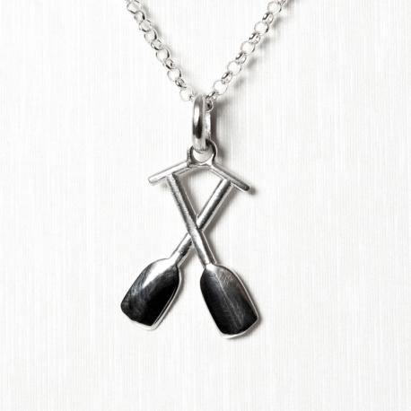 Crossed oar pendant
