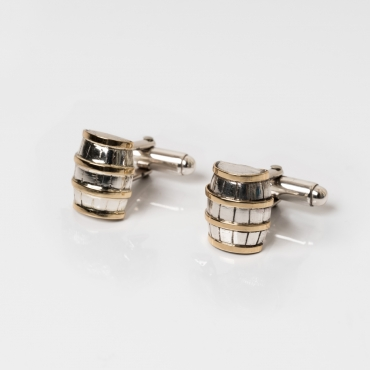 Silver cufflinks wine barrels